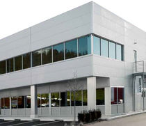 insulated steel facade cladding ECO-FICIENT™ HPCI BARRIER™ MBCI