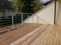 interlocking wooden deck tile for exterior floors (teak) TAMARINDO Panamerican Woods