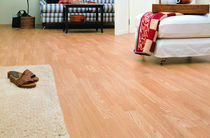 laminate flooring: oak HOME   ALLOC