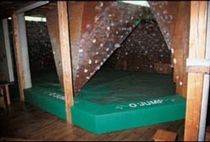 landing mat for indoor climbing boulder  GYMNOVA