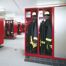 locker for firemen EVOLO S3000 8 C+P Moebelsysteme