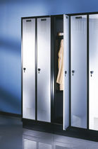 locker for public buildings EVOLO S3000 4 C+P Moebelsysteme