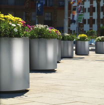 metal planter for public spaces ASTER  METALCO