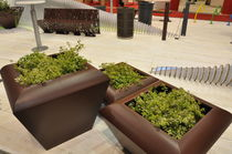 metal planter for public spaces AL AIN 2 LAB23