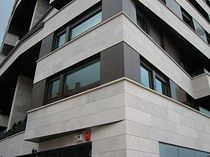 natural stone facade cladding: limestone RIBERA&reg; Areniscas de los Pinares SL