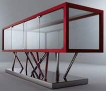 original design display case SA 02 by Sottsass Associati LAURAMERONI
