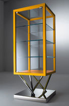 original design display case SA 03 by Sottsass Associati LAURAMERONI