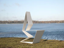 original design sled base chair KALUZA by Erik Griffioen Outdoorz Gallery