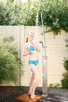 outdoor stainless steel shower DELPHIN G.Eichenwald