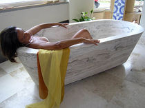 oval hancrafted travertine bath-tub PARIS PDR SRL PIETRA DI RAPOLANO