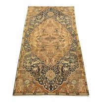 persian floral patterned rug in wool (Tabriz, handmade)  GALERIE GIRARD