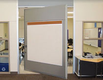 pivoting sliding partition SMARTITION™  Hufcor