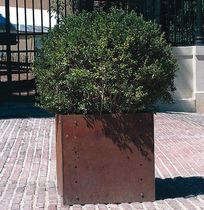 planter for public spaces  ESSEMME