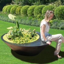 public bench with integrated planter SITTING LINE Green Colors