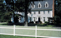 PVC garden fence TRIPLE CROWN® Royal Group Technologies