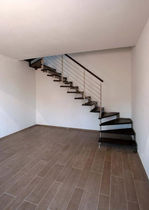 quarter-turn floating staircase (metal frame and wood steps) IBISCO A - MONOLAMA New Living srl