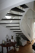 quarter-turn staircase with a lateral stringer (wooden frame and steps) CL 105 Schmidt Escaliers