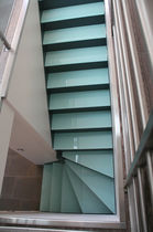 quarter-turn staircase with a lateral stringer (metal frame and glass steps) CLASSICA Miroiterie RIGHETTI