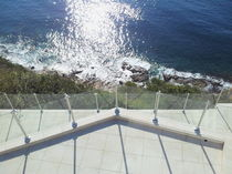 railing with glass panels OCEANIX AQUATIC SERENITY