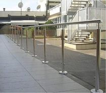 railing with glass panels  ALUSCALAE
