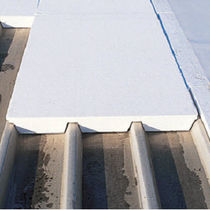 rigid expanded polystyrene insulated roof panel STISOLTOIT® EM IGNI Placoplatre