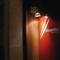 round wall mounted halogen spotlight (adjustable) ATLAS by Joan Gaspar Marset Iluminacion