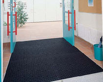 rubber entrance mat with dust control for commercial building DOMINO Geggus EMC