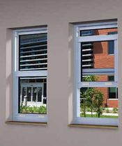 sash window with a thermal break SERIES 8000 United States Aluminum