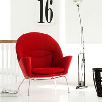scandinavian design armchair CH468 by Hans J. Wegne Carl Hansen & Son