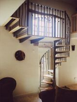 spiral staircase (metal frame and wooden steps) S/32/1 Cast Spiral Stairs