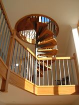 spiral staircase (metal frame and wooden steps) S/37/1 Cast Spiral Stairs