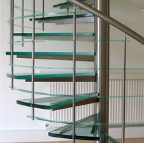 spiral staircase (metal frame and glass steps) ESSEX Flight Design