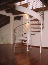 spiral staircase (stainless steel frame and wood steps) PORTOVENERE BIANCA Linea Scale