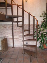 spiral staircase (steel frame and steps) C15 TECROSTAR