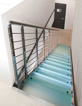 straight staircase with a lateral stringer (metal frame and glass steps) E-TB EDILCO