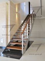 straight staircase with a lateral stringer (metal frame and wood steps) WSTEGOWE GROT