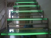 straight staircase with a lateral stringer (stainless steel frame and glass steps) and LED lights GOMERA LED essegi scale