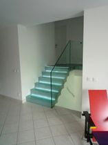 straight staircase with a lateral stringer (metal frame and glass steps) ELCRLUT la stylique