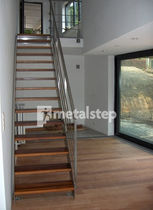 straight staircase with a lateral stringer (stainless steel frame and wood steps) ALUNA metalstep