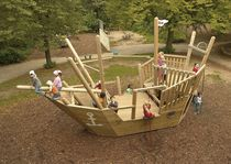 thematic play structure BOAT NINJA eibe