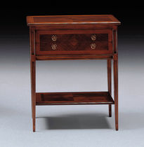 traditional bed-side table 800 : 766 MEDEA