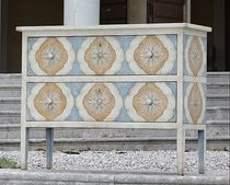 traditional chest of drawers Barberini chest Porte Italia Interiors
