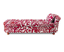 traditional daybed 775 by Josef Frank Svenskt Tenn