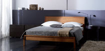traditional double bed BETT. 20 by Arge2. NEUE WIENER WERKSTAETTE