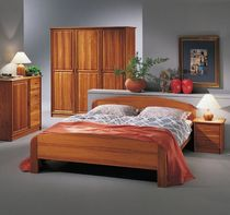 traditional double bed 1335 TEAK dyrlund