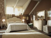 traditional double bed BRADLEY Minacciolo