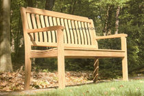 traditional garden bench  INSPIRATION BOIS