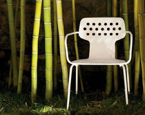 traditional garden chair with armrests (metal) OPEN by Jasper Morrison ALIAS