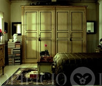 traditional lacquered wardrobe PERLA Opificio Italiano Srl