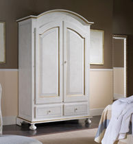 traditional lacquered wardrobe MANHATTAN  CHIAVEGATO
